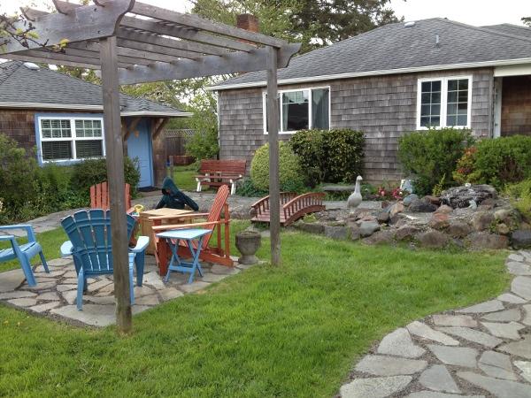 Courtyard of beach house