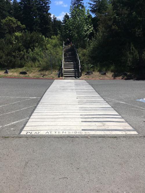 piano_crossing_walk_sm
